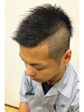 震災刈り短髪
